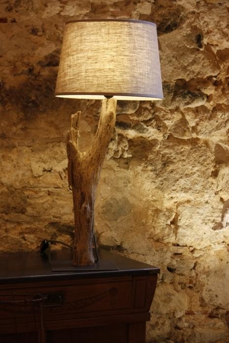 Tocat-pel-vent-lámpara-lignum-4
